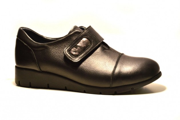 diseño de calidad aab90 a1a28 Zapatos Treintas velcro piel negro